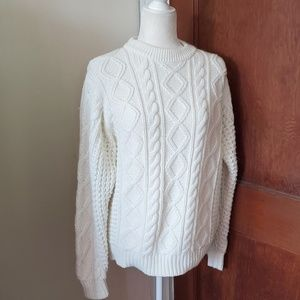 VINTAGE chunky cable knit crew neck sweater